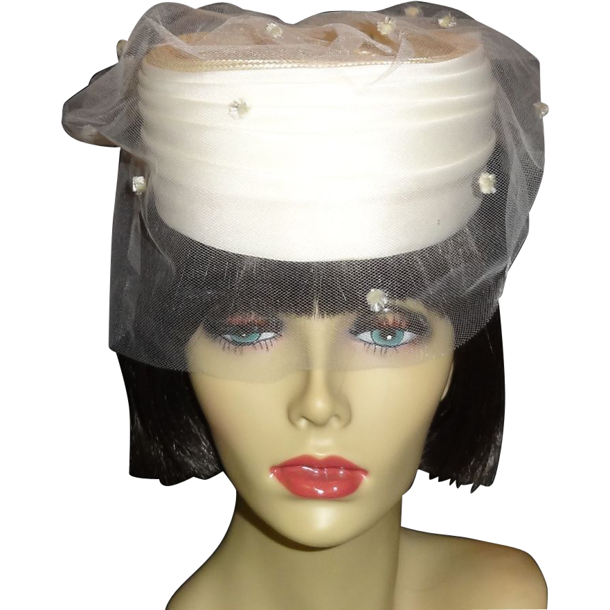 Elegant Vintage Off White Wedding Hat By Plaza Suite From