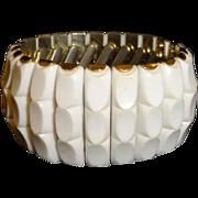 Vintage Molded White Plastic Expansion Bracelet