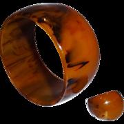 Vintage EXTRA WIDE Marbled End-of-Day Bakelite Bangle Bracelet and Matching Ring Set