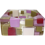 SALE Mod 1960's Clear Lucite Bracelet with Injected Squares