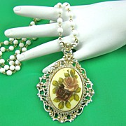 SALE Victorian Style Florenza Pendant Necklace