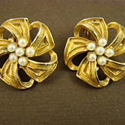SALE Wiesner Gold Tone Ribbon and Imitation Pearl Earrings