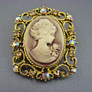 SALE Victorian Style Taupe and Cream Cameo Brooch/Pendant