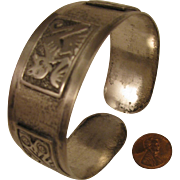 SALE Vintage American Southwestern Coin Silver Cuff Bracelet