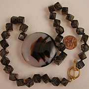 "SALE 18"" Agate Centerpiece Necklace w/Crystal Cubes & Toggle Clasp"
