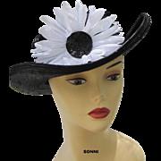 SALE SALE flower straw hat navy & white