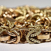 SALE PENDING Luxuriously Heavy Vintage Retro Solid 18k Gold Collar