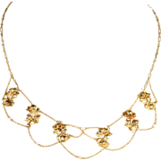 Lovely Antique French Roses and Pearls Necklace in 18k Gold, c. 1900