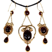 Antique Garnet Cabochon Snake Earrings and Matching Pendant Demi-Parure in 15k Gold