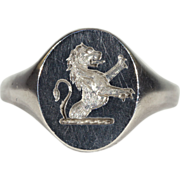 Vintage Silver Signet Ring with Lion Rampant Motif