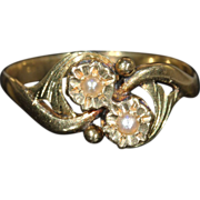 Antique French Pearl Bypass Ring in 18k Gold