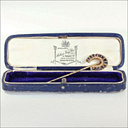 Antique Victorian Horseshoe Stick Pin set with Banded Agate and Pearl in 18k Gold, in Box