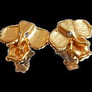 Vintage Gold Elephant Earrings. Abstract Elephants. Clip Earrings. Clear Rhinestones. ...