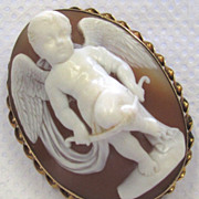 Antique 14K Yellow Gold Brooch Carved Shell Cameo Cupid Breaking his Bow