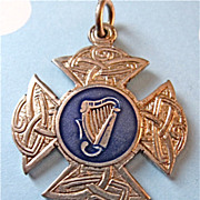 Vintage Irish Hallmark Sterling Silver Irish Harp Celtic Knot Fob Medal 1945