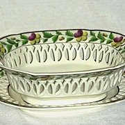 Reticulated Decorated Creamware Basket & Undertray c. 1810
