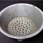 Vintage Gray Enamelware / Graniteware Strainer or Colander