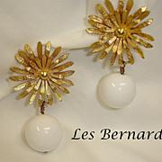 Vintage LES BERNARD Dangle Drop EARRINGS - Vintage Early Plastic Jewelry