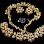 Vintage HATTIE CARNEGIE Parure Jewelry - Hattie Carnegie White Glass Necklace Bracelet Earring