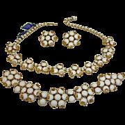 SALE HATTIE CARNEGIE Parure  - Vintage Hattie Carnegie Parure Jewelry - White Glass Necklace .