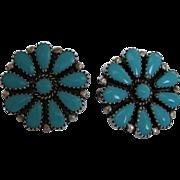 SALE Sale !! Vintage Sterling Silver Petit Point Turquoise Cluster Earrings  - Vintage Screw .
