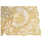 SALE Absolutely Exquisite, Antique Lace Tablecloth