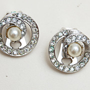 SALE Bellini Rhinestone and Pearl Earrings