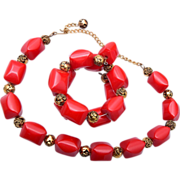 SALE Red Bakelite Necklace and Memory Wire Bracelet