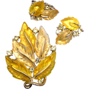 SALE Lisner Yellow Glowing Leaf Brooch and Earring Set - Book Piece